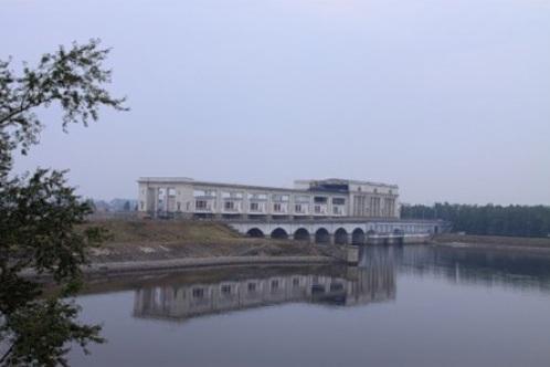 Гидроэлектростанция на реке Волга