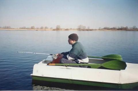 Ловля в отвес, используя лодку