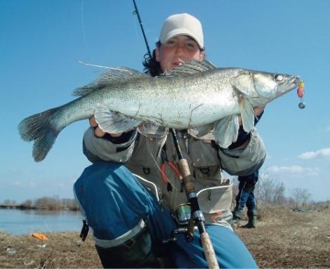 Удачная рыбалка на спиннинг
