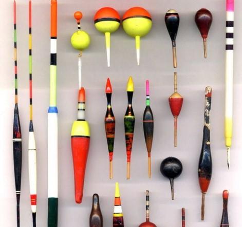 Поплавки разных форм и цветов