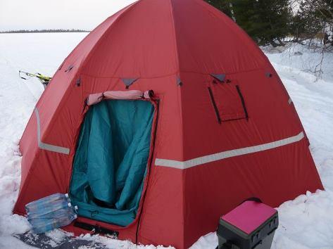 Палатка для рыбалки зимой