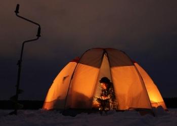 Ночная зимняя рыбалка. Как ловить рыбу ночью зимой?