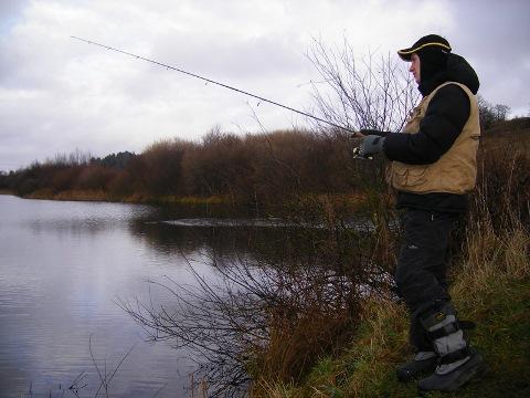 Рыбная ловля на заросших водоемах
